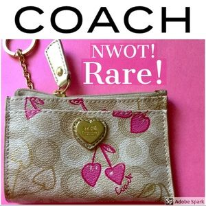 NWOT! 🌸 Rare!🌸 Coach Pink Cherry Card Key Case